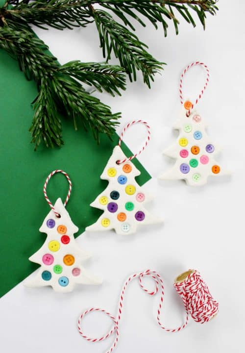 How to make these beautiful Christmas tree ornaments