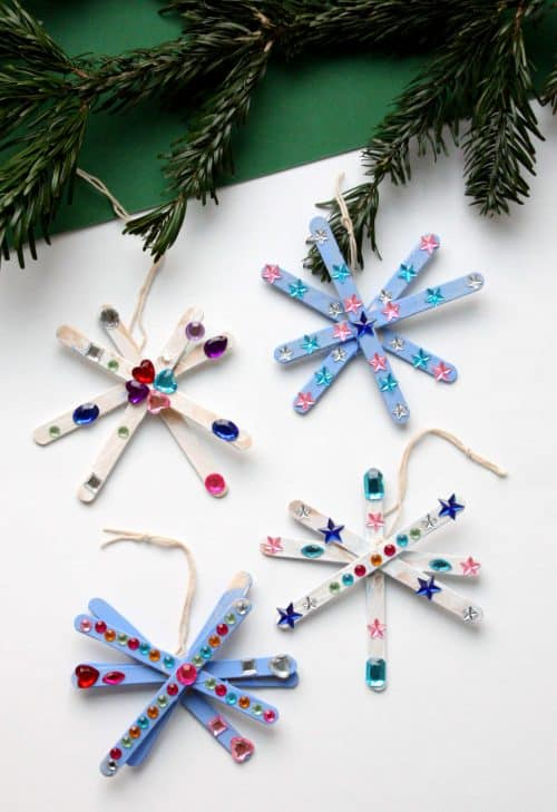 Popsicle Stick Snowflake Craft - Easy craft idea for kids